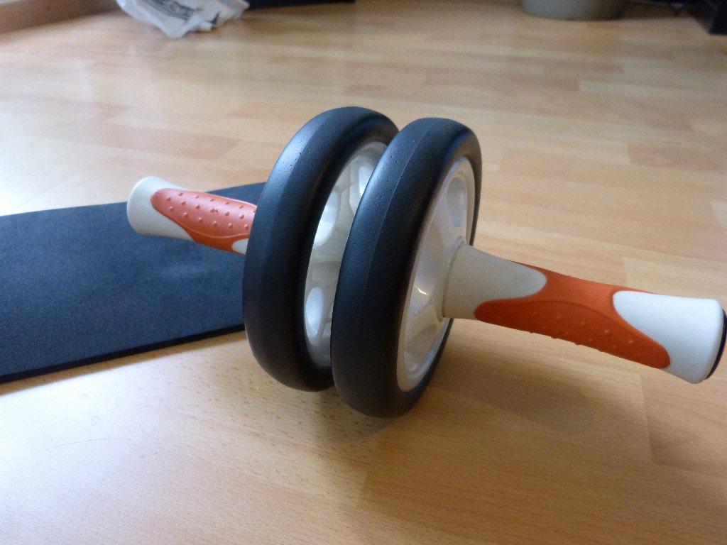 ab roller bauchmuskeltrainer im test fitness. Black Bedroom Furniture Sets. Home Design Ideas